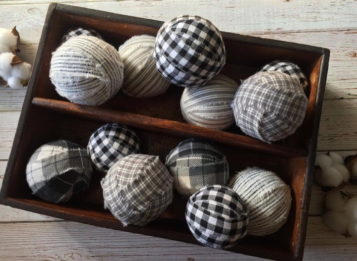 Rustic Rag Ball, Rustic Bowl Filler