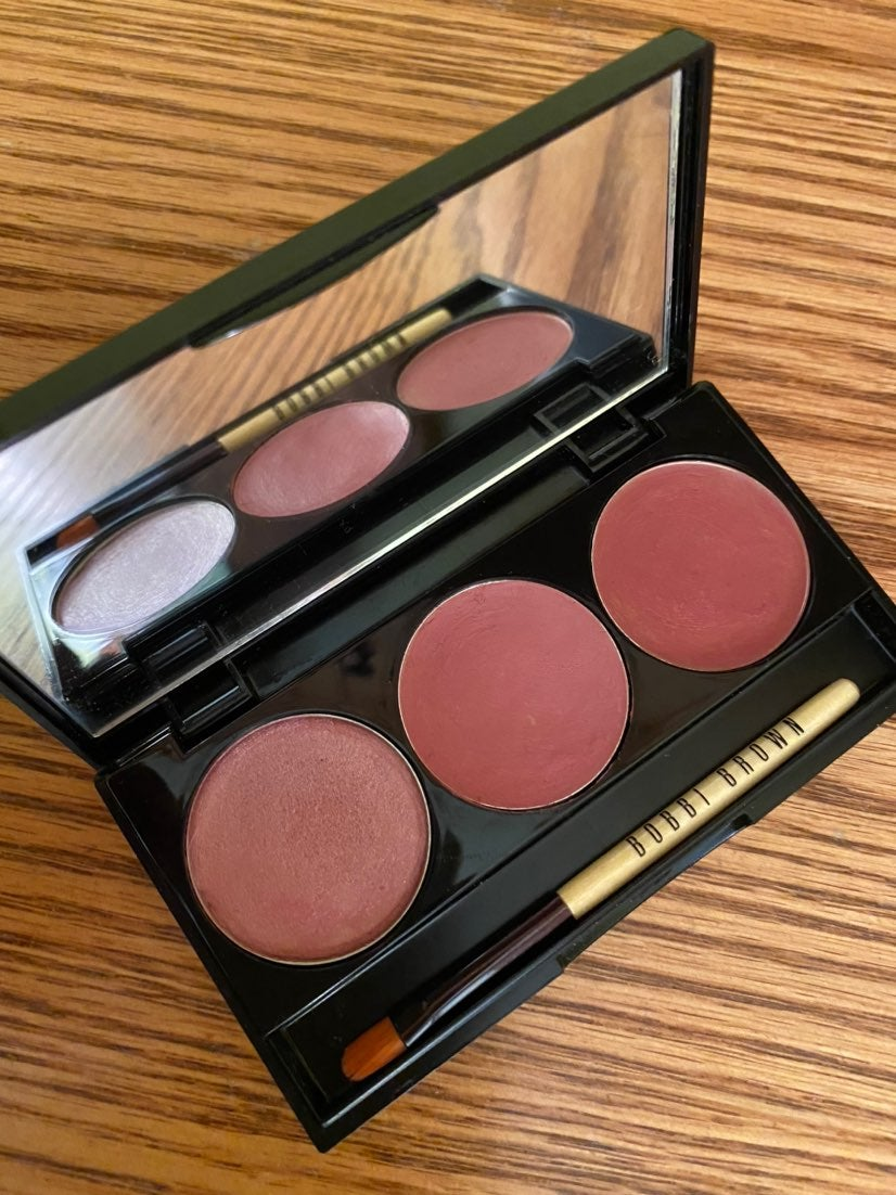 "Bobbi Brown ""pink lip palette"""