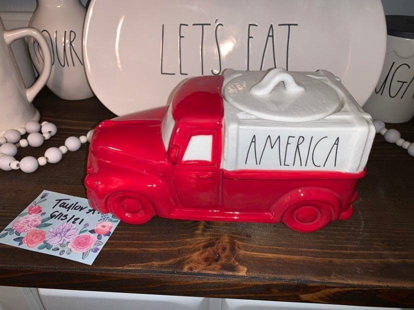 Rae dunn america cookie jar