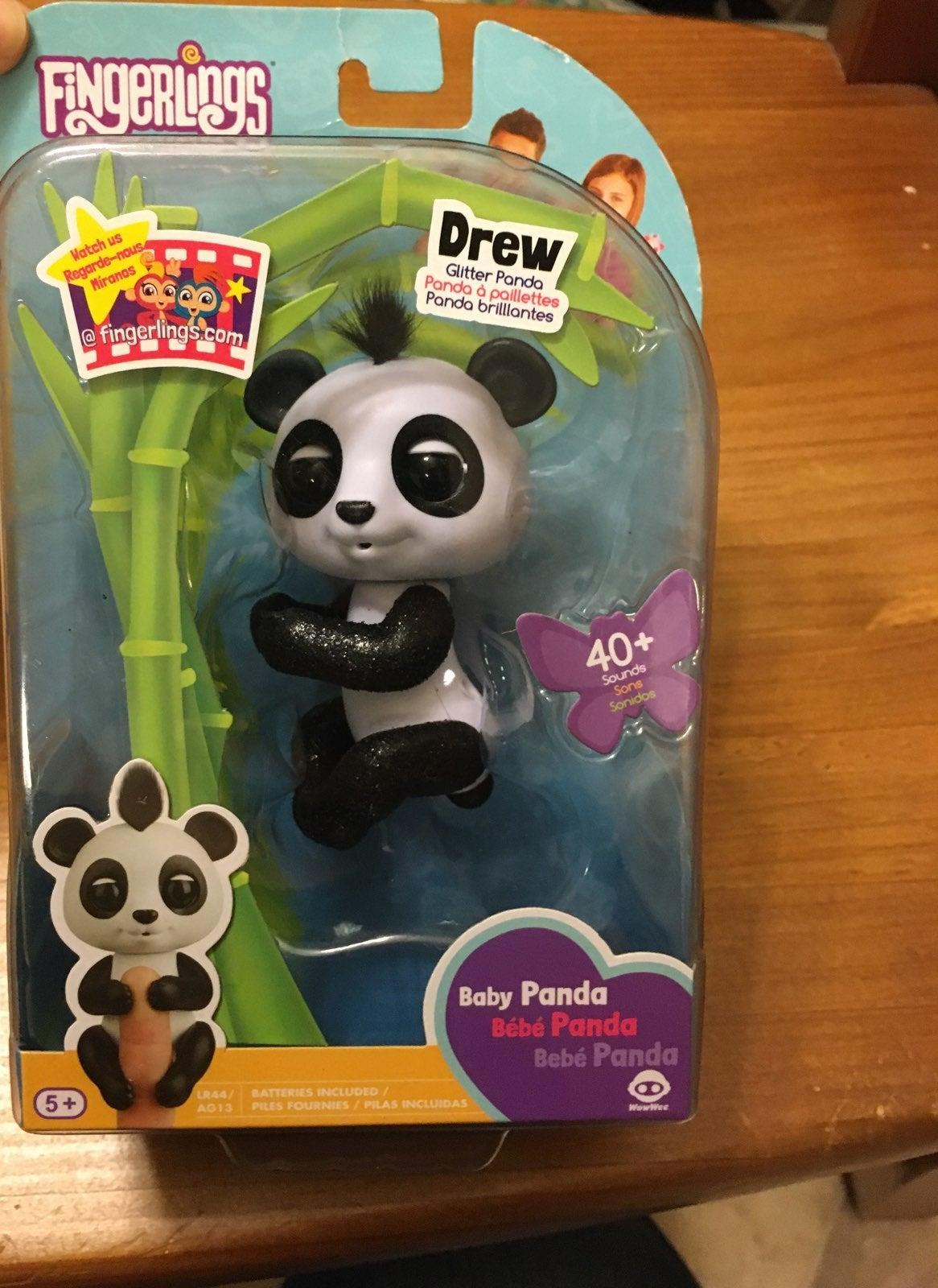 "NEW! Fingerlings Baby Panda ""Drew"""