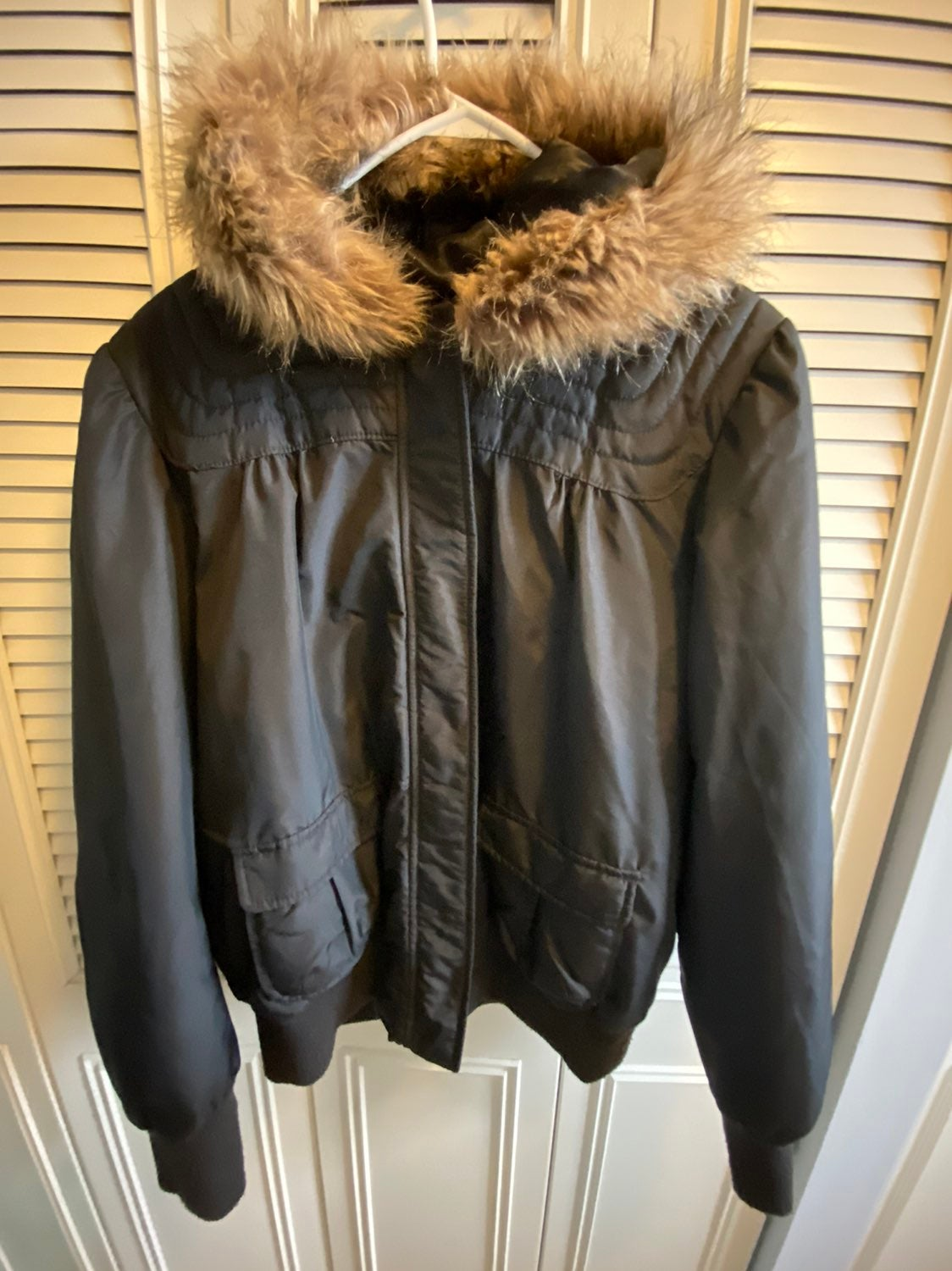 Old navy faux fur hooded jacket XL