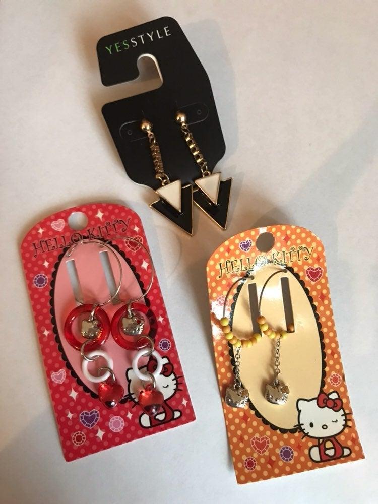 Y2k sanrio Hello Kitty Earrings