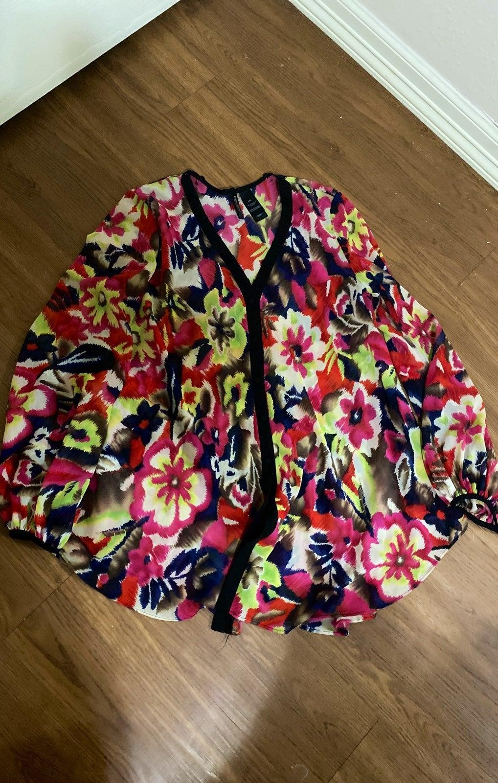 Bisou Bisou flowy blouse chiffon