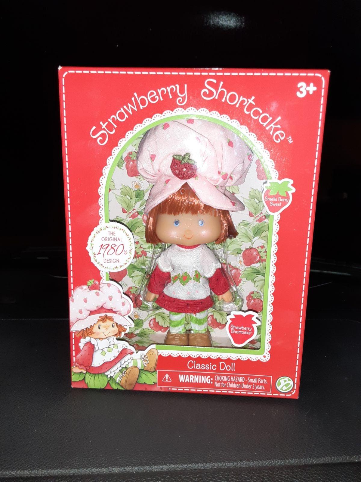 Strawberry Shortcake Classic Doll