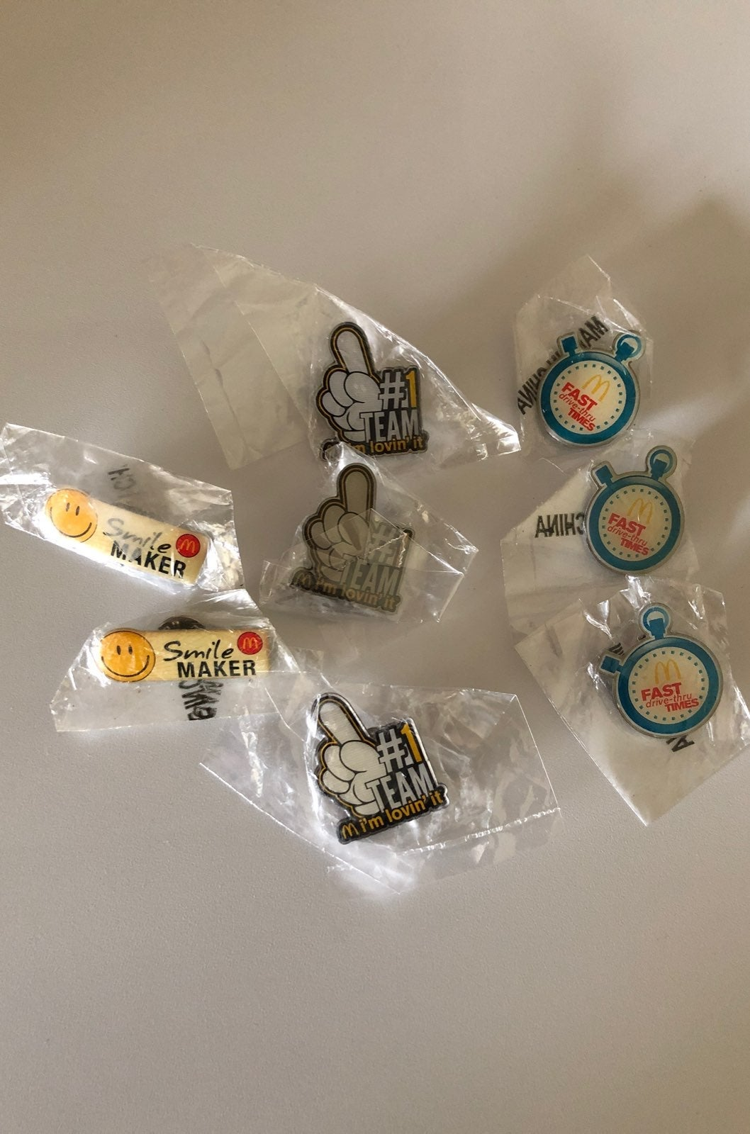 Mc Donald's Pins , new !