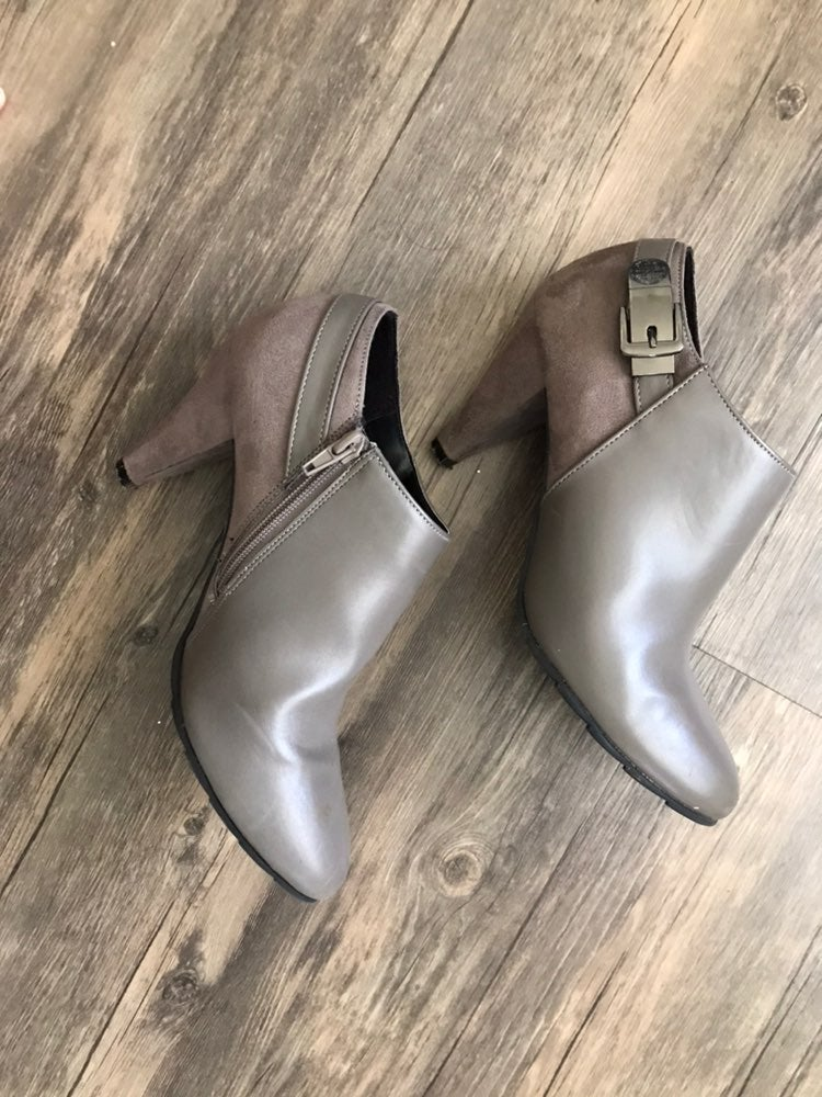 booties size 9