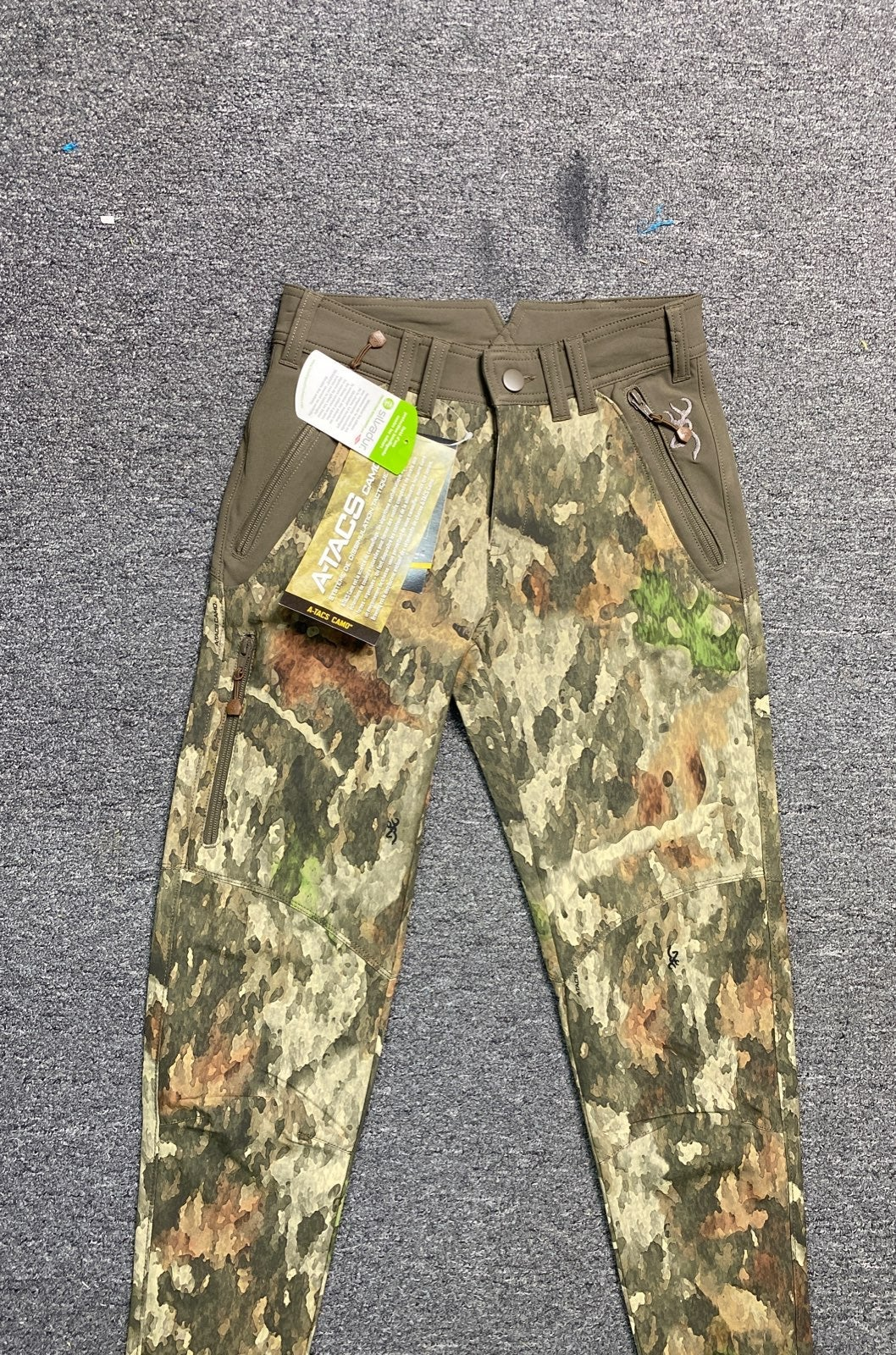 Browning womens camo pants size 4