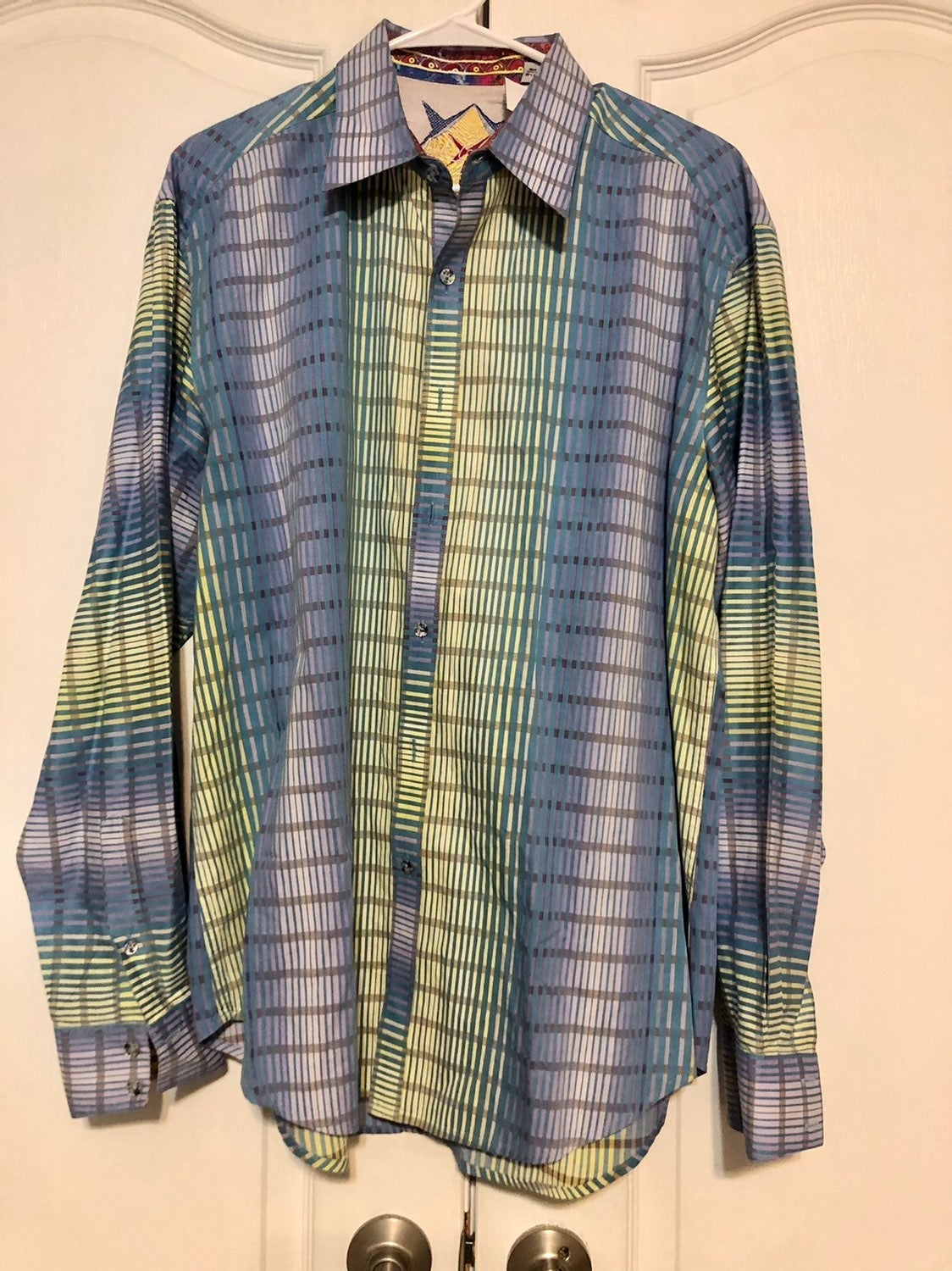 3 Robert Graham Long Sleeve Button Down