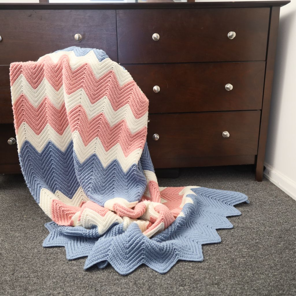ModernTraditional Handmade Throw Blanket