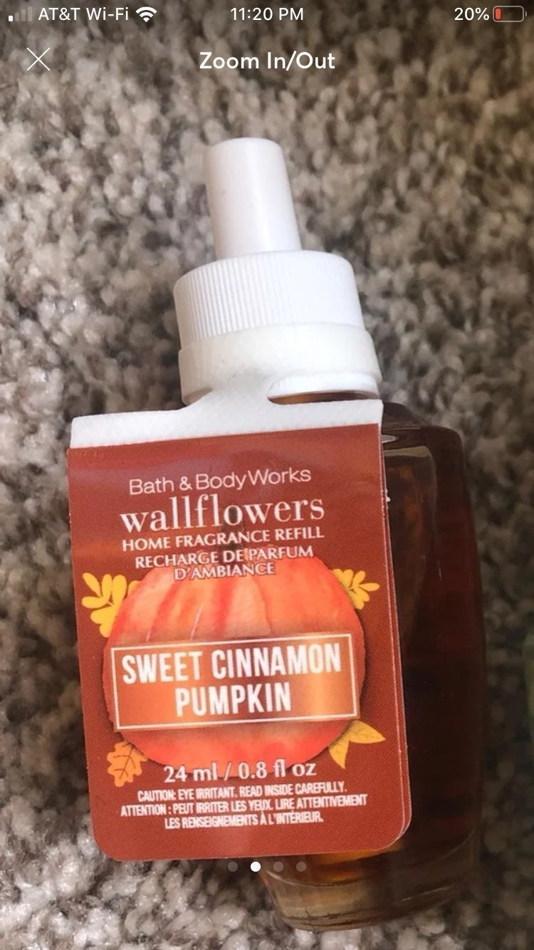 2 Sweet Pumpkin Cinnamon Wallflower scen