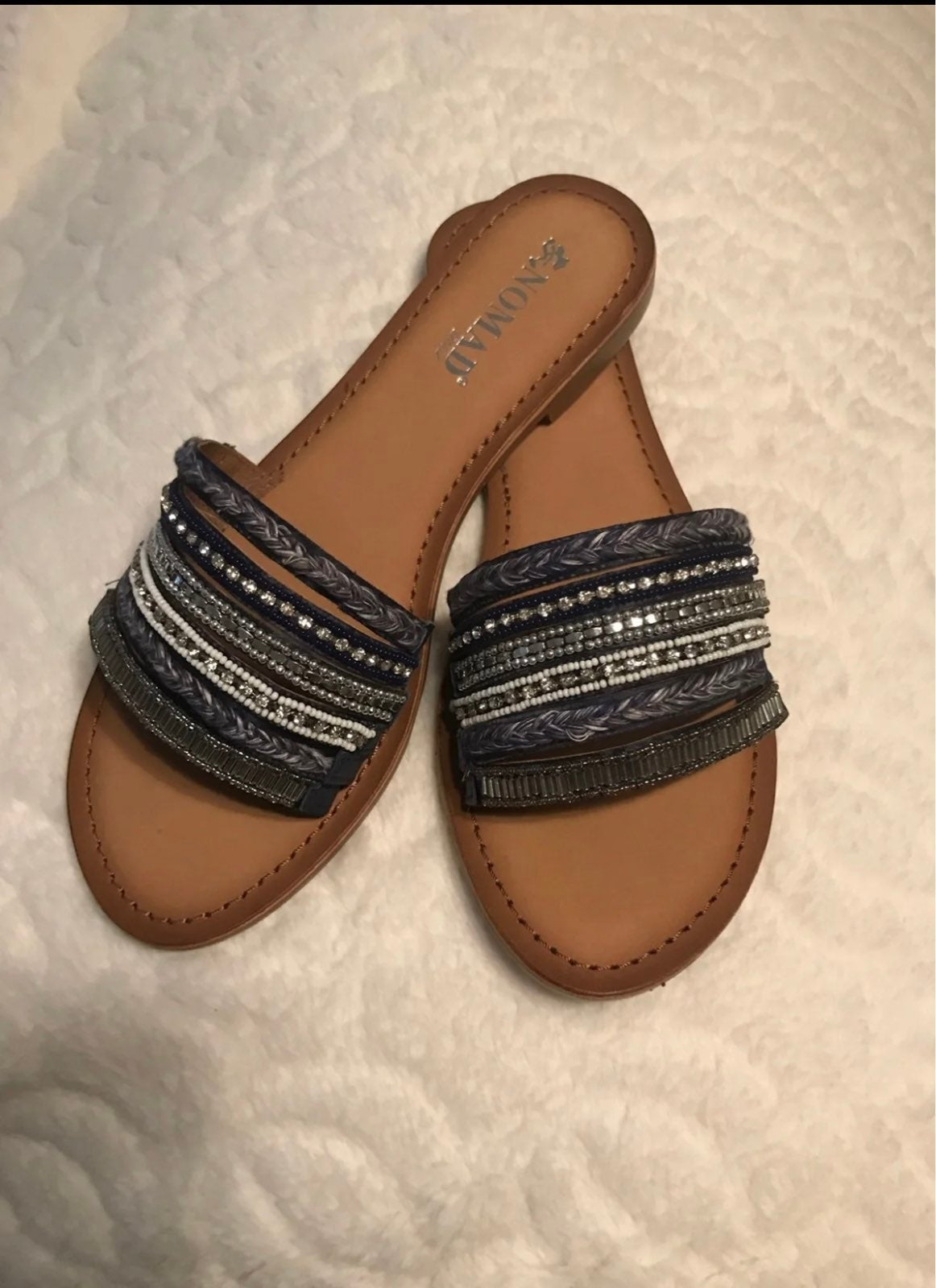 sandals size 8 -NEW!!