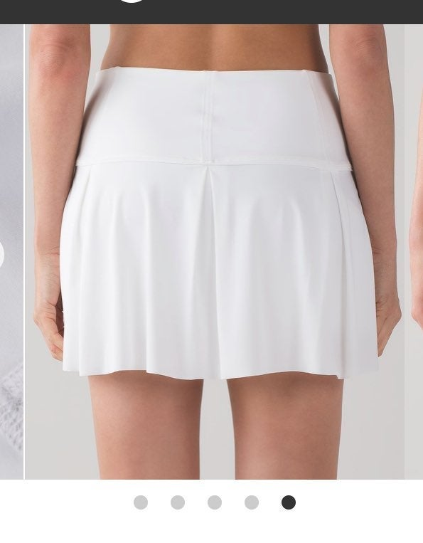 Lululemon 6 TALL Lost in Pace skirt