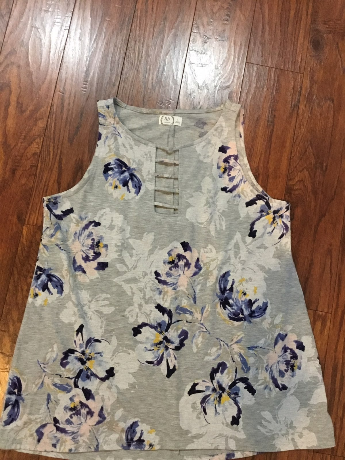 Maurice's woman size Large tank