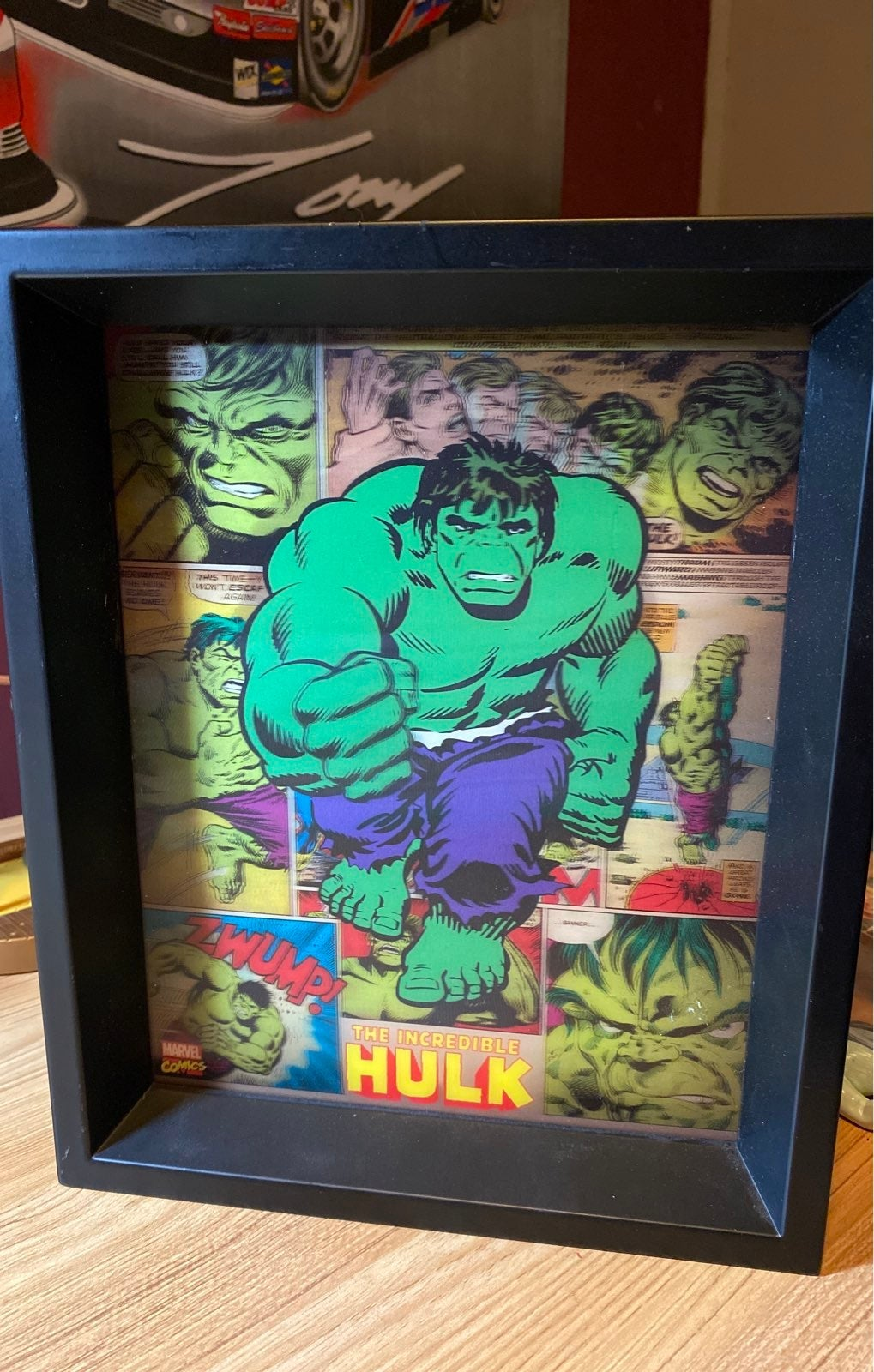 THE INCREDIBLE HULK 3-D holograph