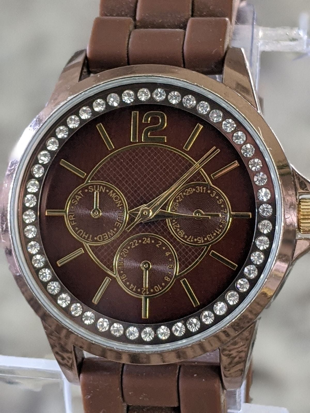 FMD Women's Quartz Wrist Watch