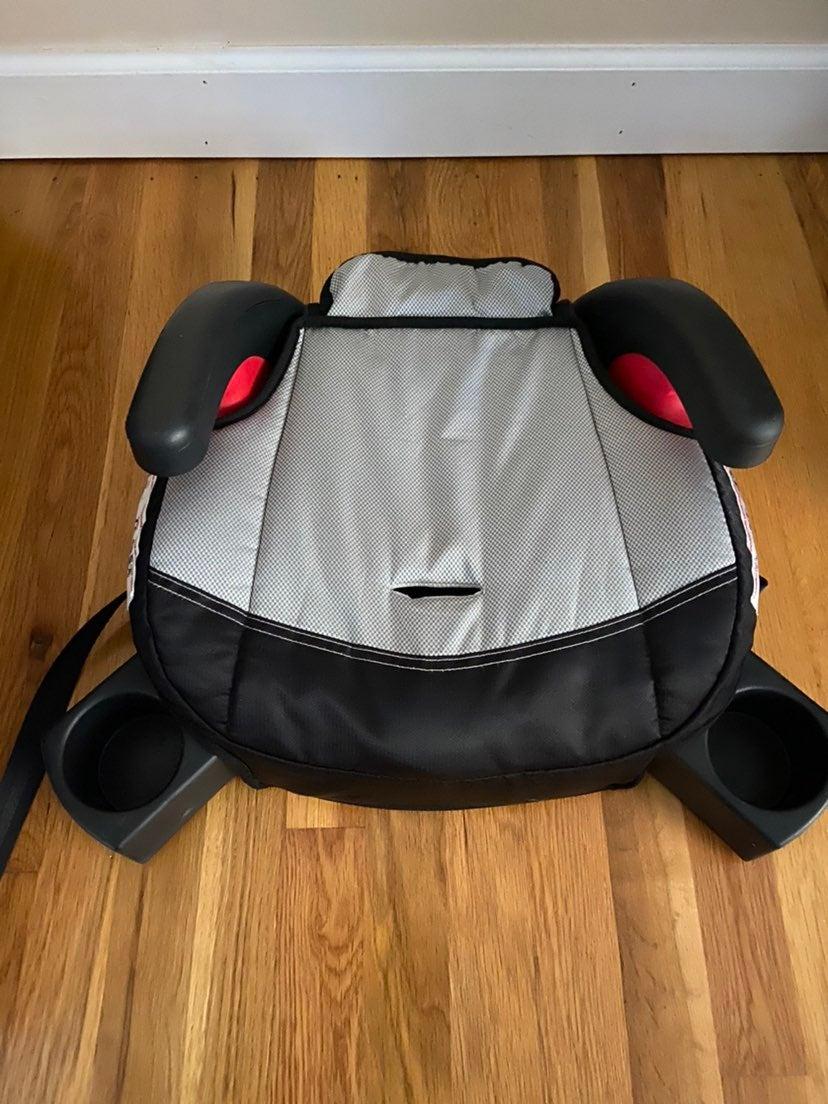 Britax booster car seat w latch system