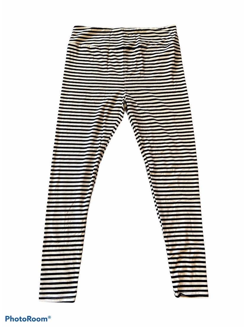 Tc black and white lularoe leggings