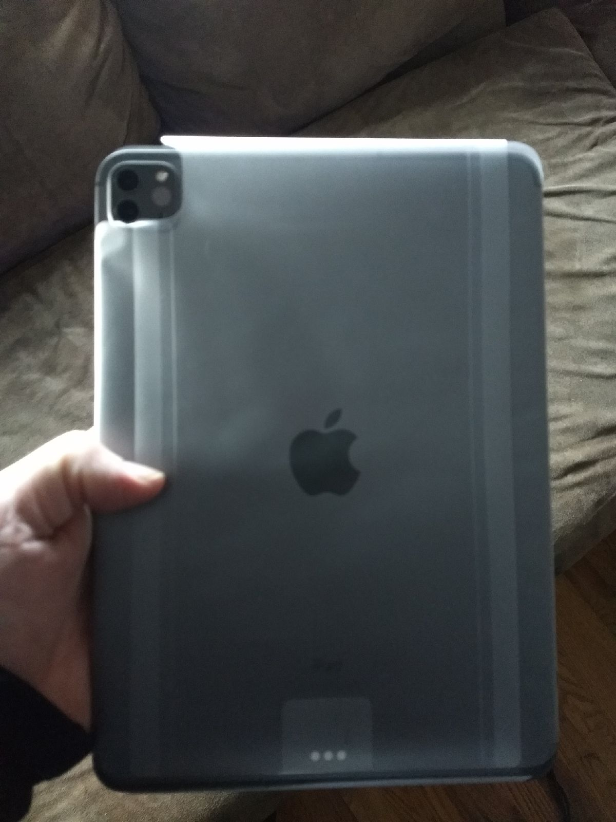 ipad pro 11 inch (Wifi and cellular)