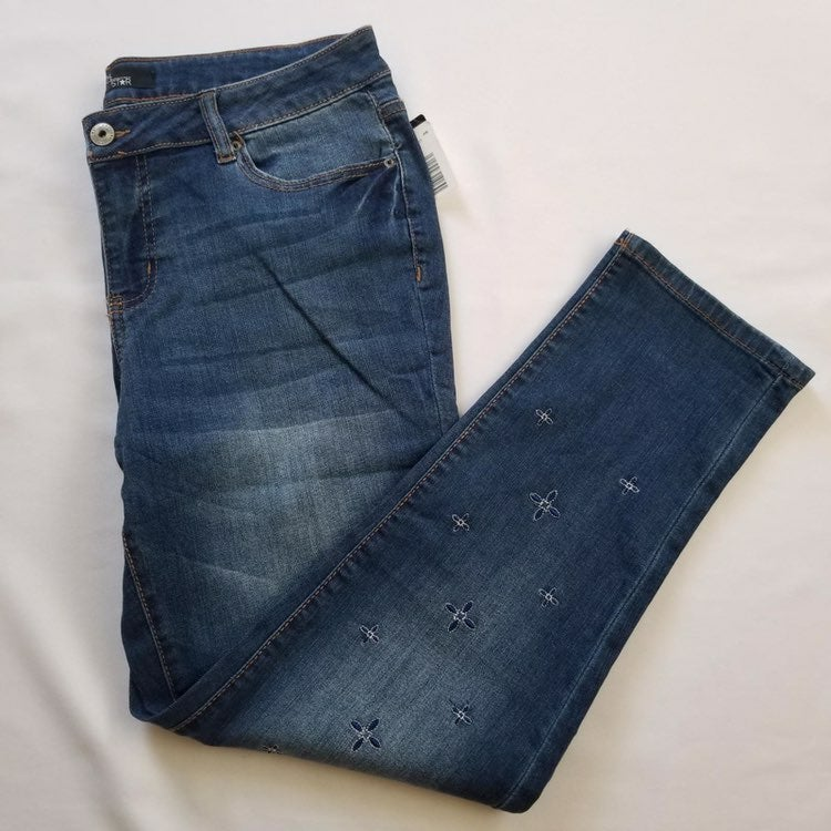 embroidered jeans size (8).