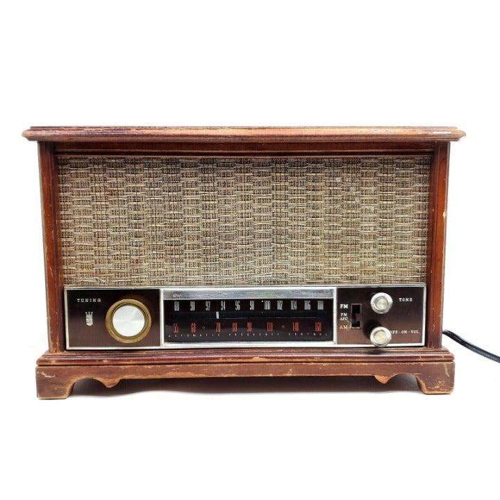 Working Vintage Zenith AM/FM Tube Radio