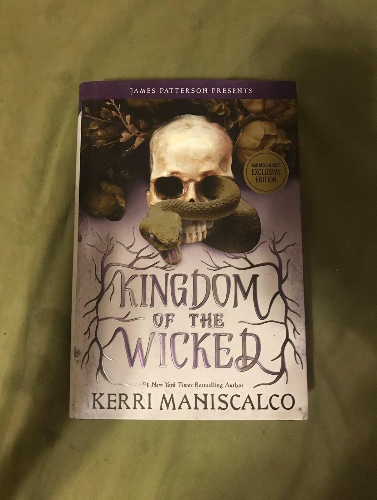 B&N Kingdom of the Wicked Maniscalco
