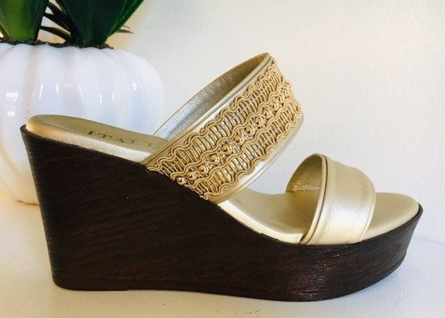 Wedge Platinum Sandals (7M)
