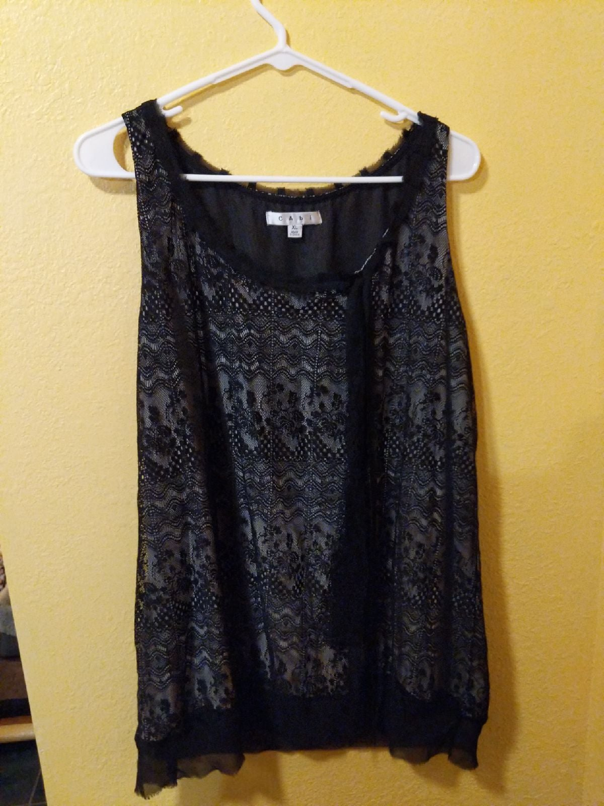 XL black lace tank by CAbi