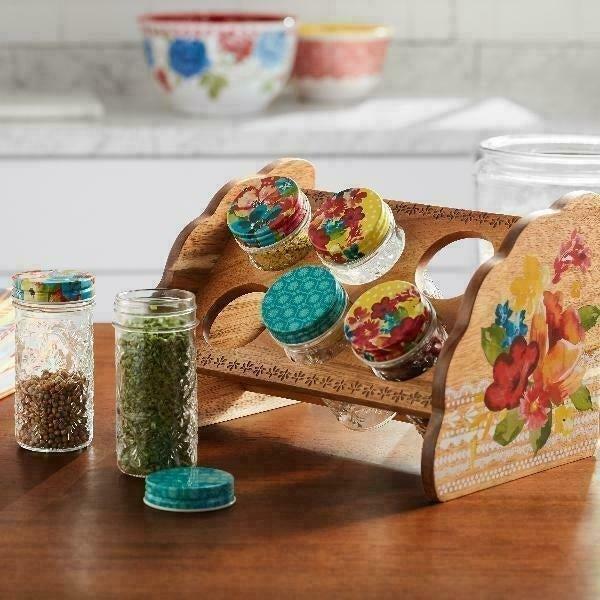 Pioneer Woman Spice Rack & Jar Set