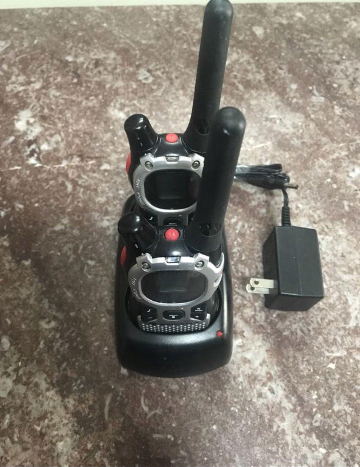Motorola TalkAbout MJ270R Walkie Talkies