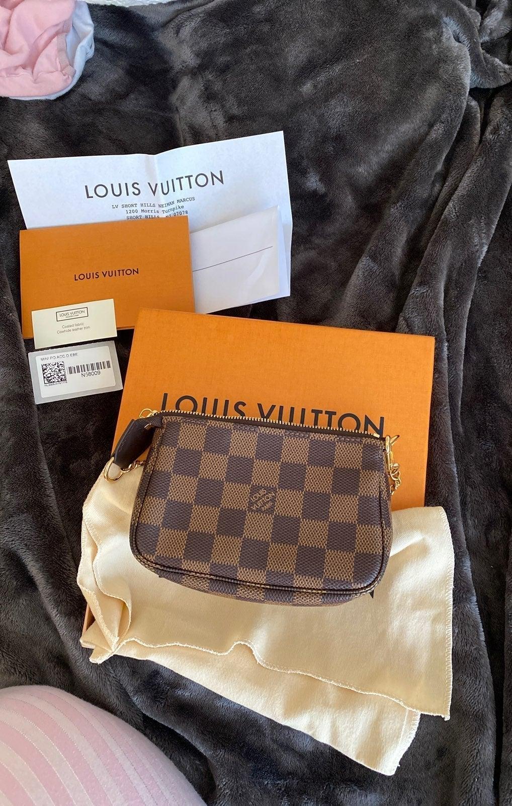 Louis Vuitton mini pochette NWT 2020 YR