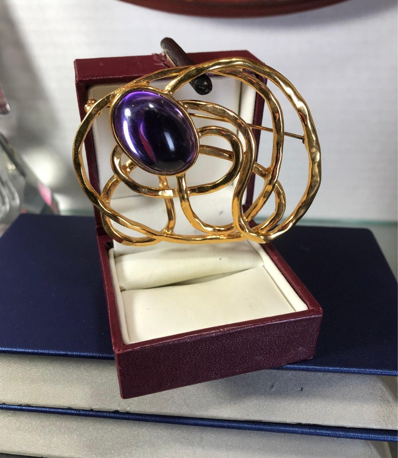 Avon Vintage gold tone glass purple