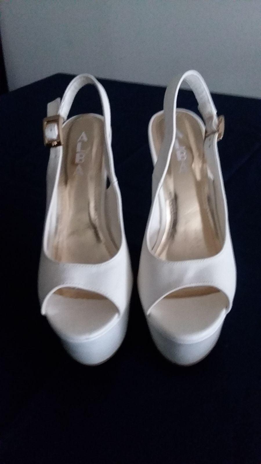 Shoes by Alba Sz. 7