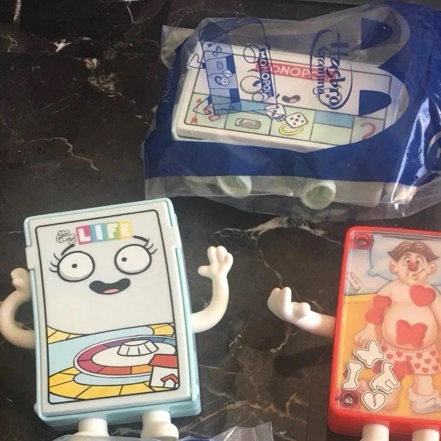 Hasbro mini games set of 4