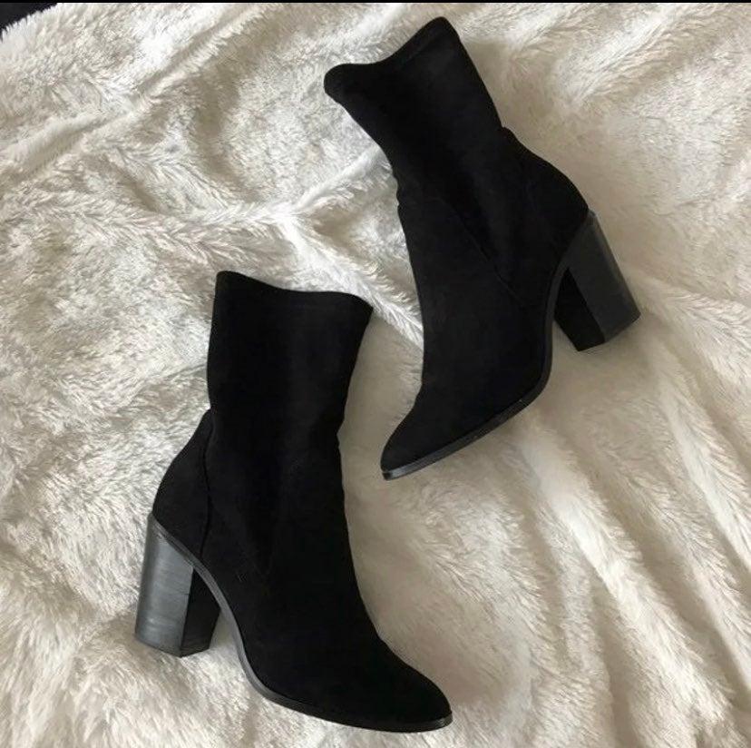 Velvet sock booties size 8