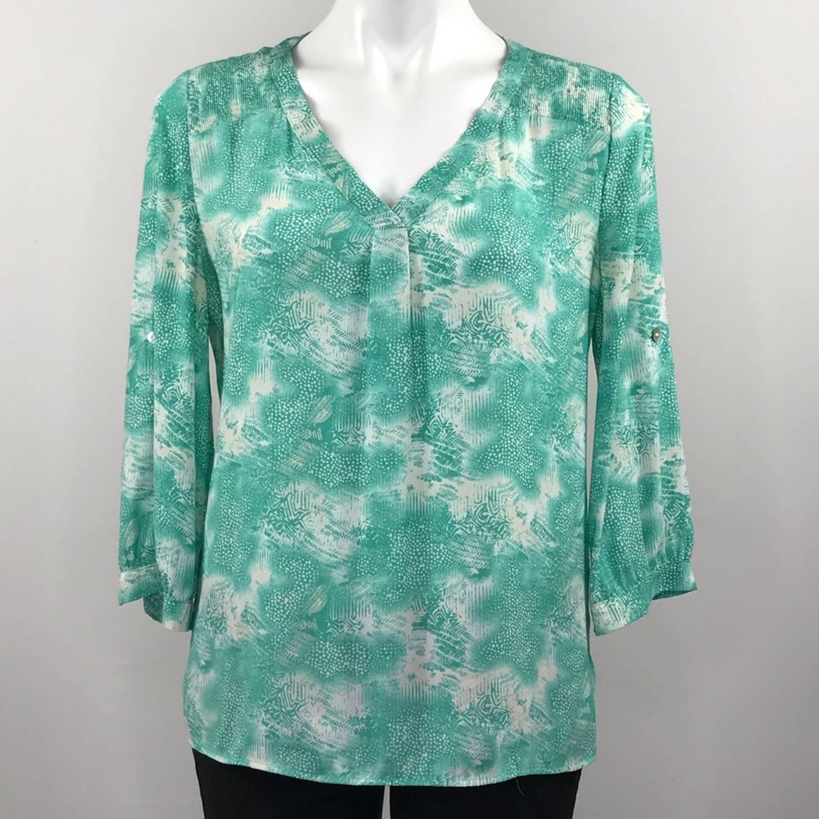 41 Hawthorn teal and white top