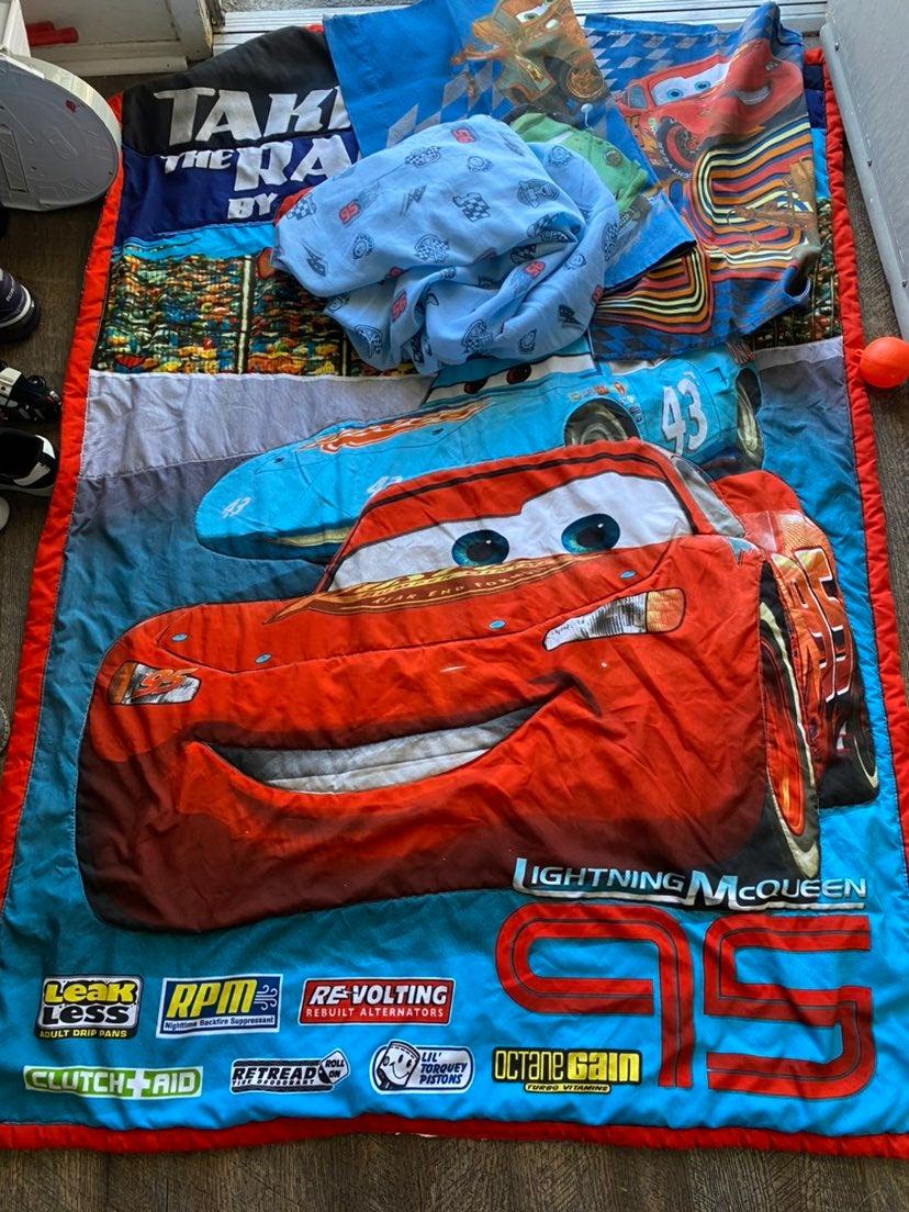 Mcqueen bed toddler set