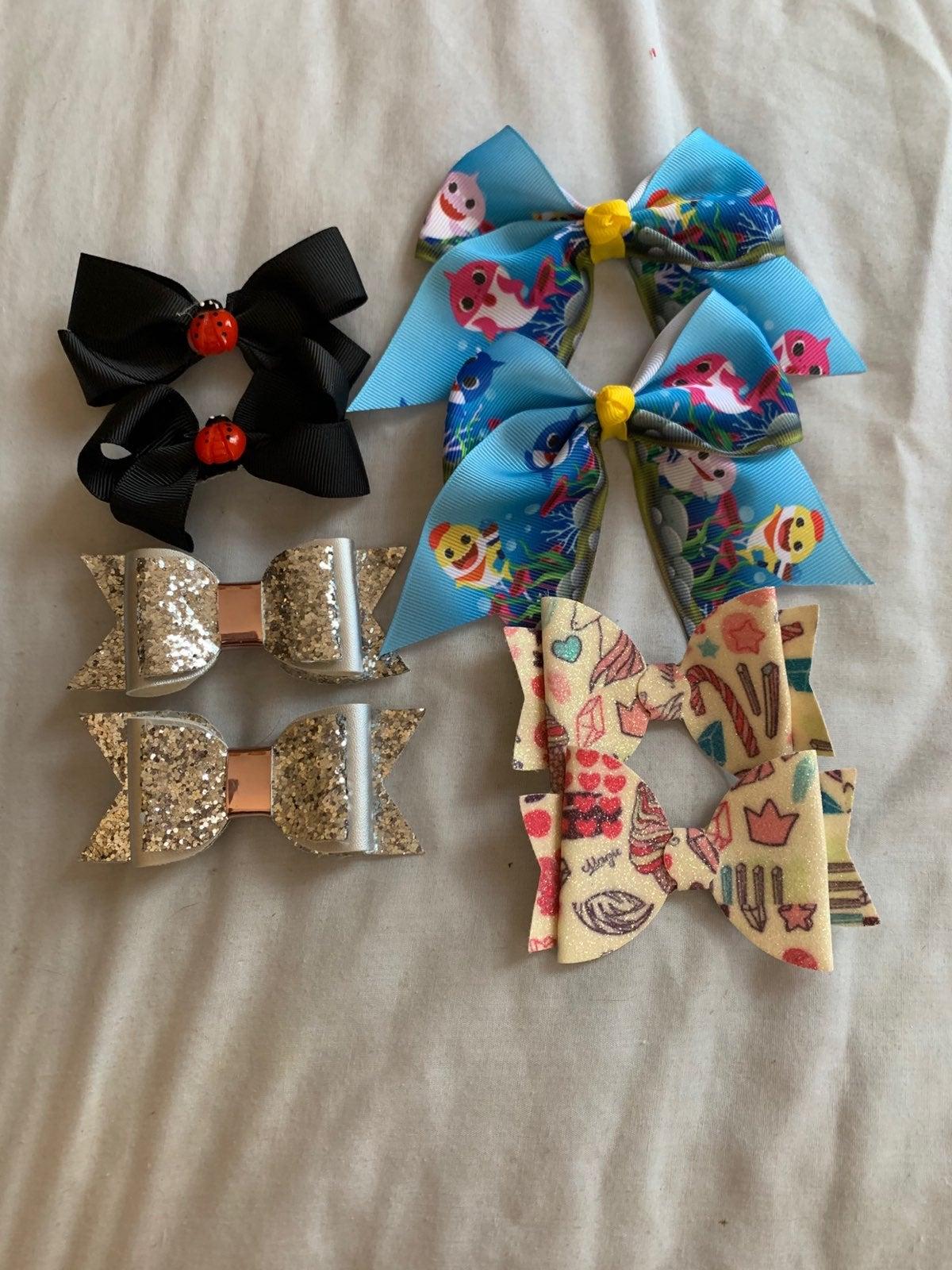 4 Hair clip sets