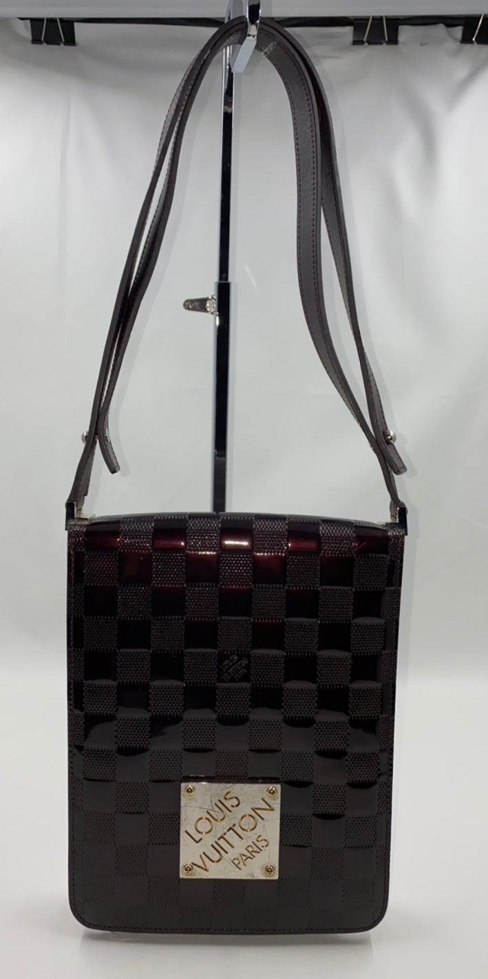 Louis Vuitton Vernis Shoulder Club Damie