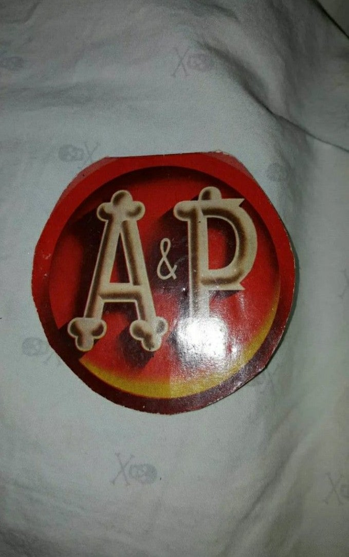 Vintage A&P sewing kit West Germany