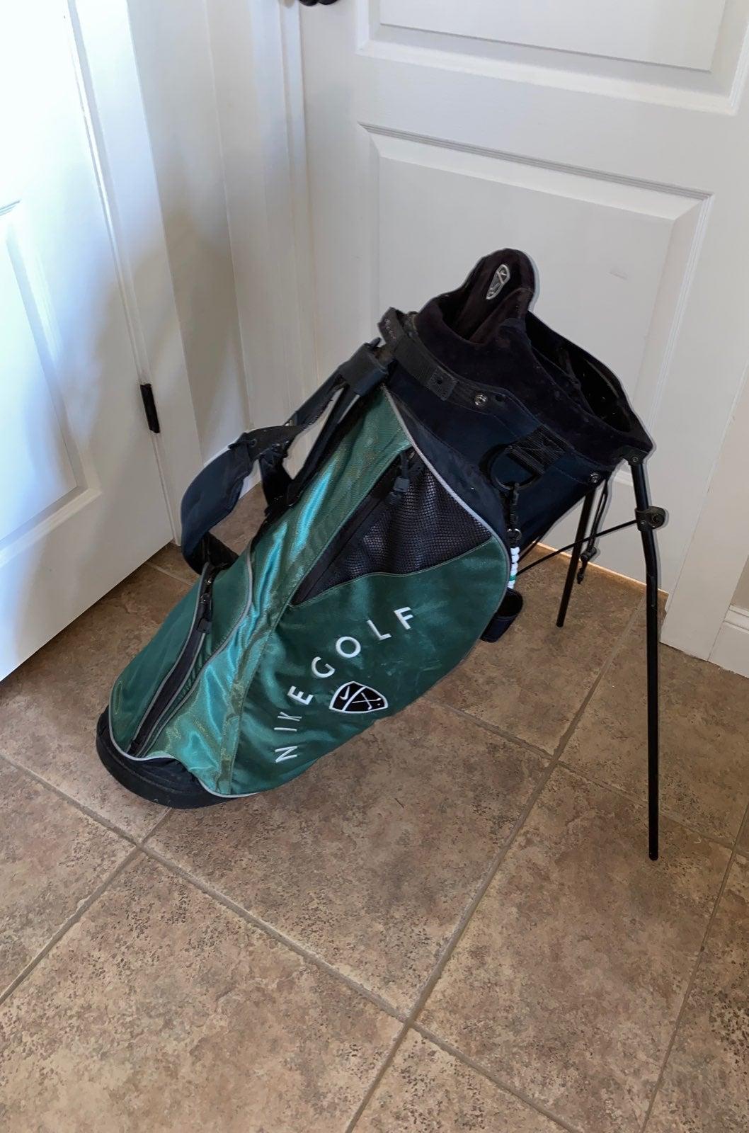 Nike dual strap stand golf bag