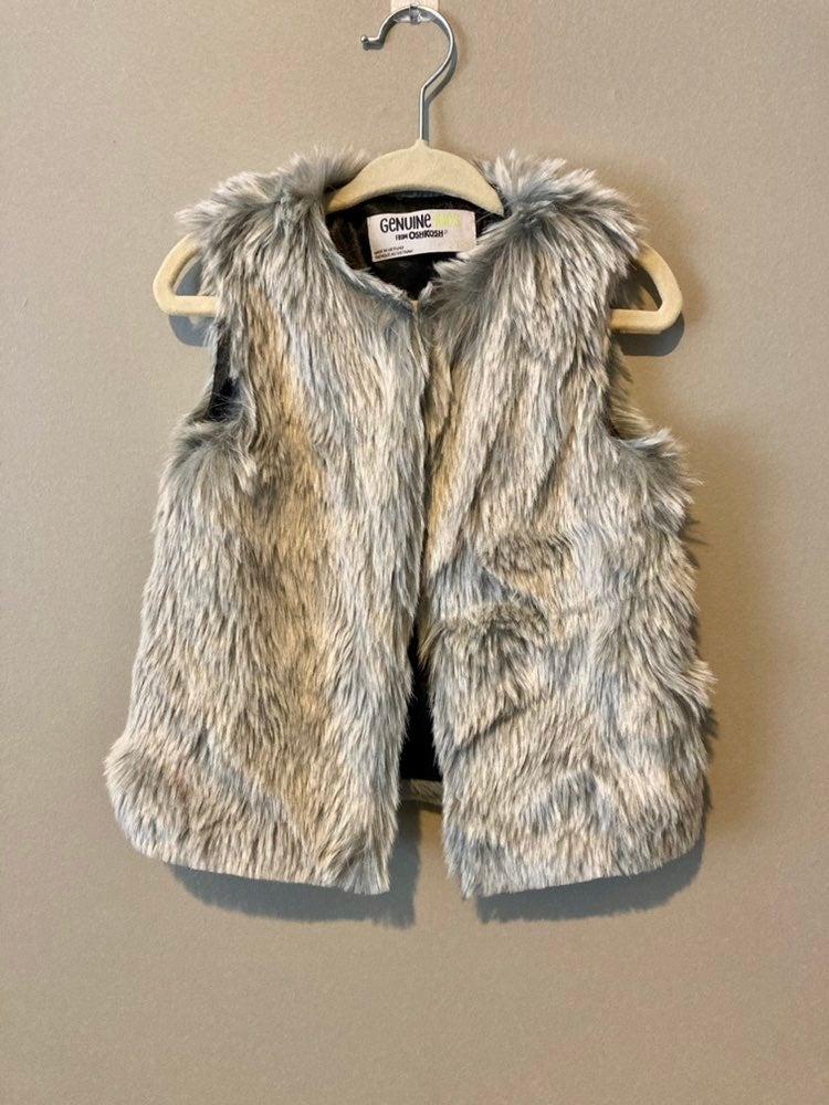 Oshkosh girls faux fur vest (2/3T)