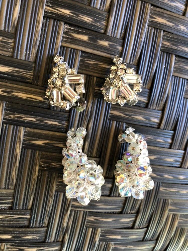 EUC Vintage Earrings sets