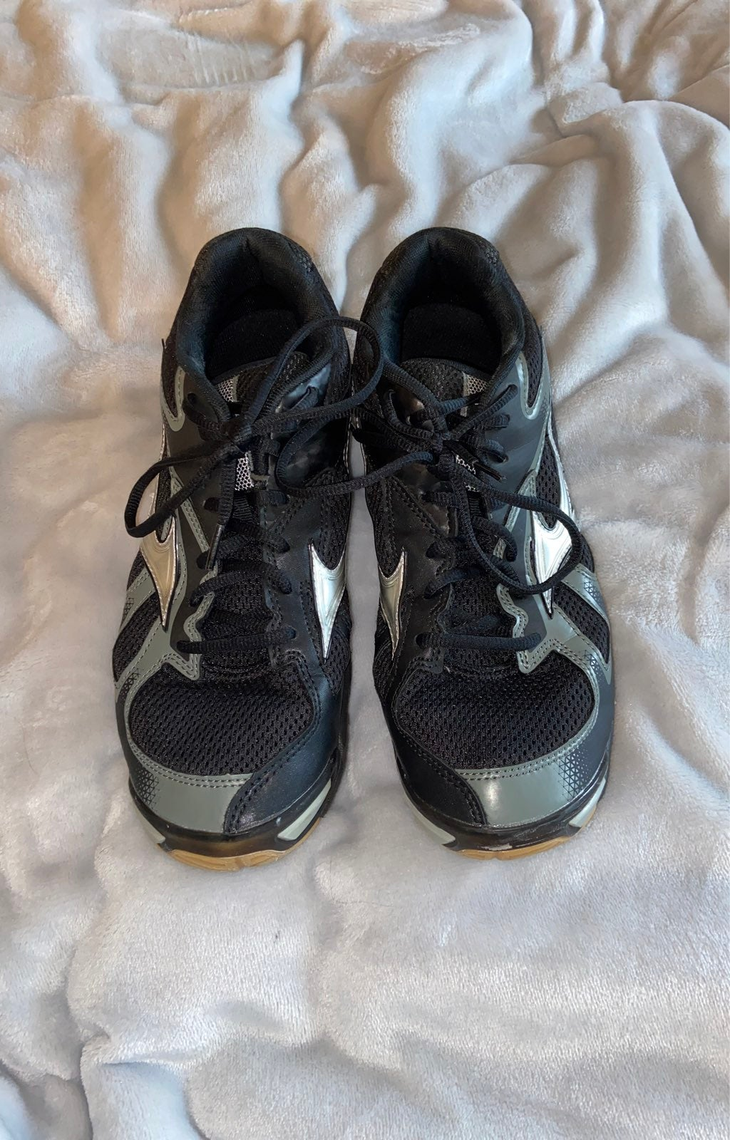 Mizuno wave bolt 5 volleyball shoes