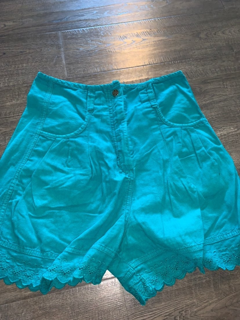 Vintage Switch Womens Shorts