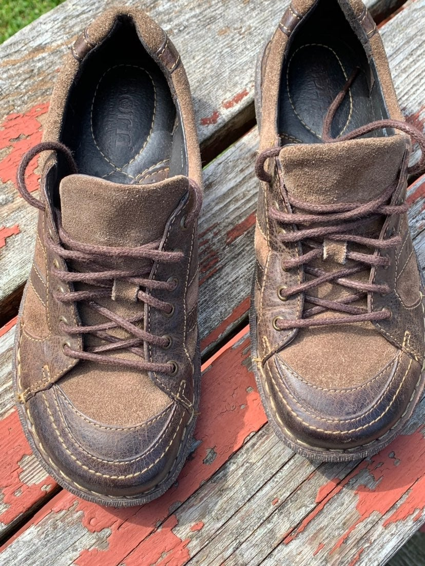 Born Leather Shoes Sz 7.5 Brown