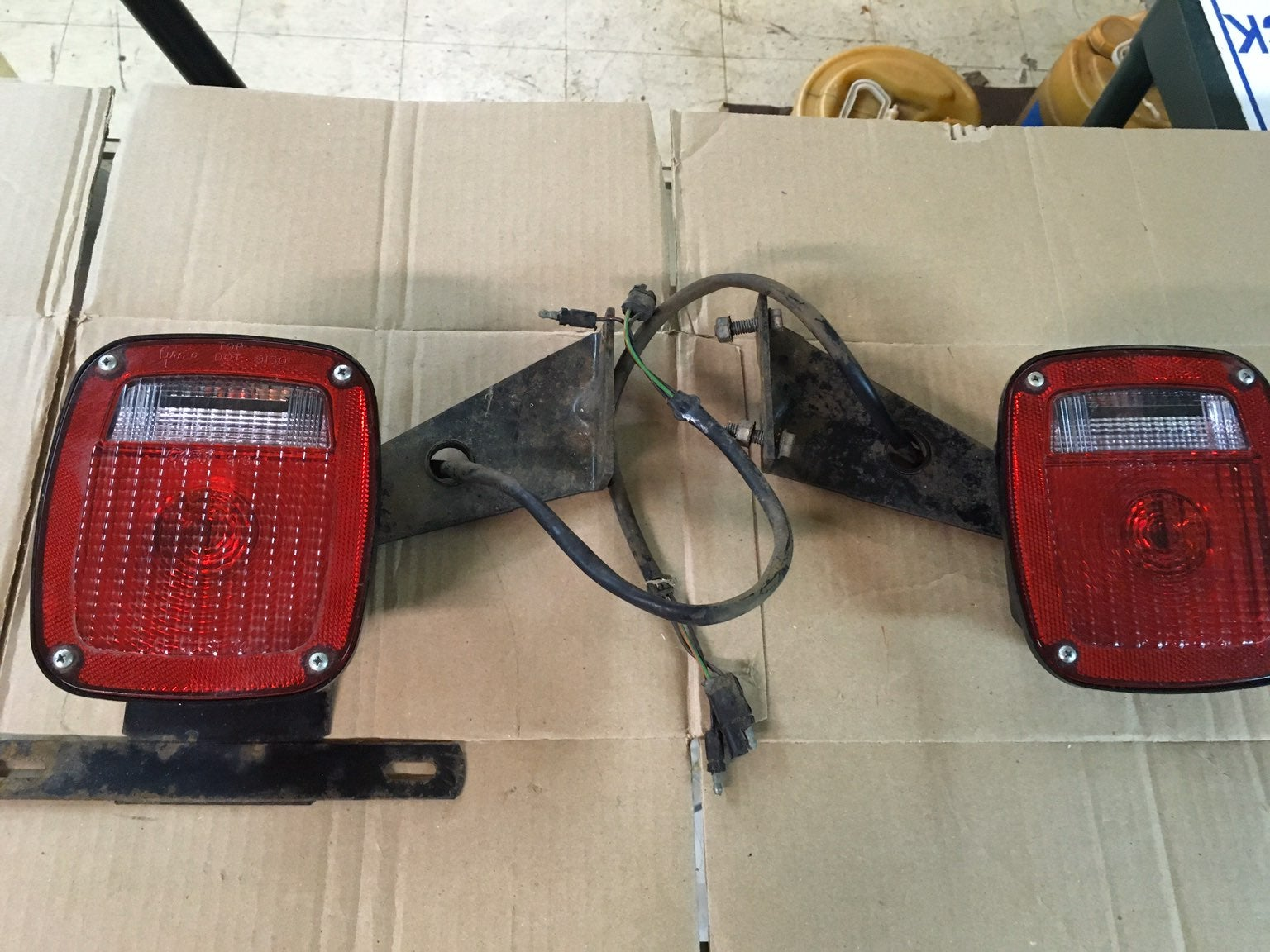 GROTE 5090 TRAILER LIGHTS