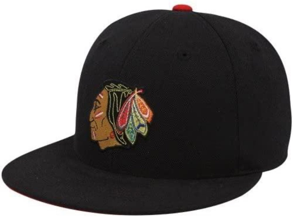 Mitchell & Ness Blackhawks Fitted Hat 7¼