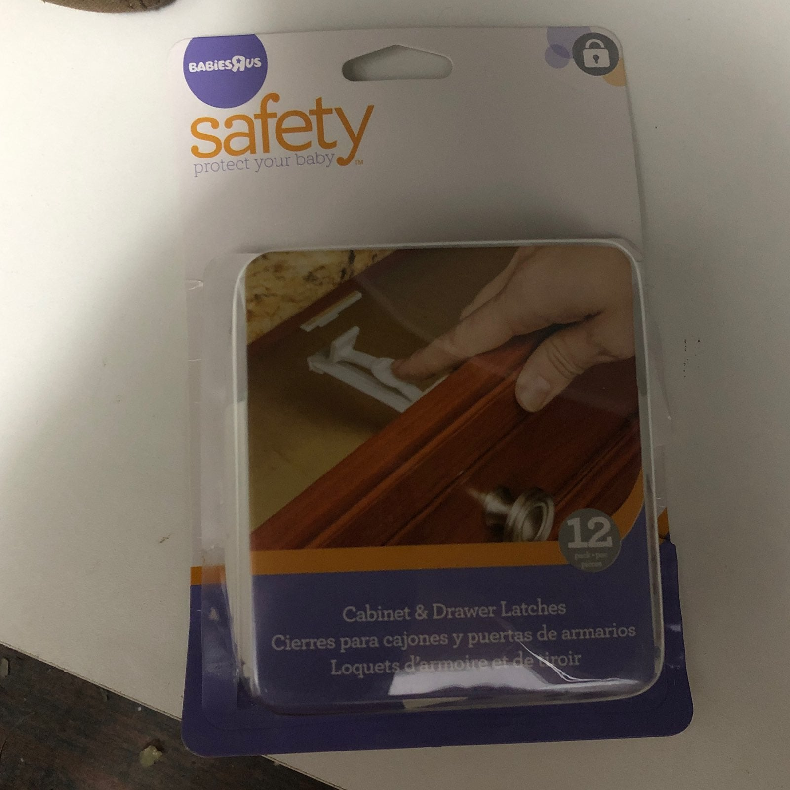 Cabinet & Drawer Latches