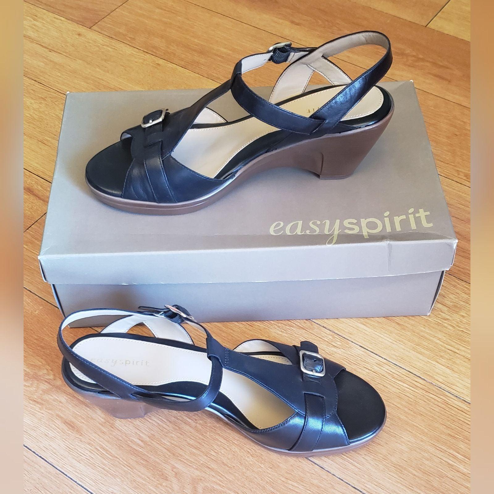EASY SPIRIT Sandal Wooden Wedge Heel