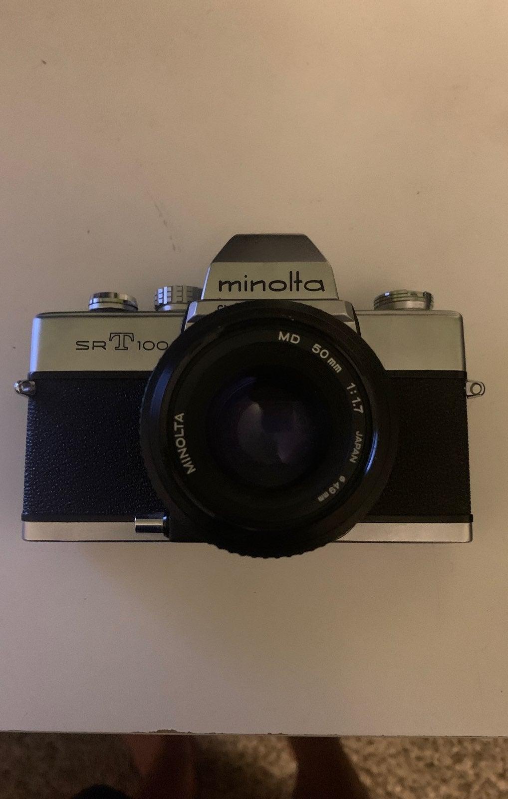 Minolta SRT 100 Camera